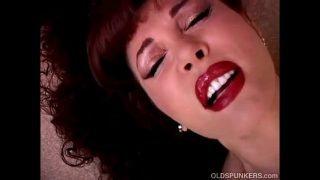 Beautiful mature latina Vanessa Bella has a juicy pussy