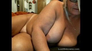 Chubby mature masturbates on webcam
