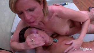Florence et Lou, deux matures pour du sexe anal