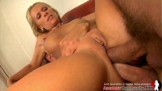 Mature stunner Vivien enjoys a double-anal pounding by two dominant studs! AMATEURCOMMUNITY.XXX