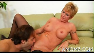 Moist mature pussy gets spoiled
